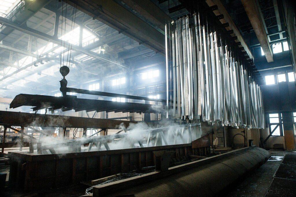 Горячее цинковывание металлоконструкций |sj-profil.com.ua